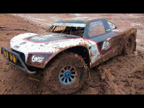 RC ADVENTURES - HUGE. MUDDY 4X4 OFF ROAD GAS TRUCK - LOSI 5ive T. 2nd Tank