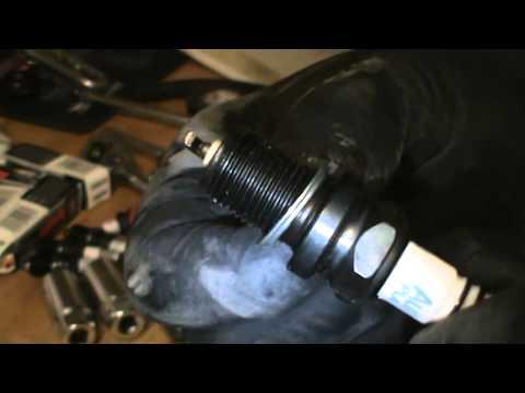 Spark Plug Removal and Installation 2004 Nissan Xterra 3.3L V6 PART 1