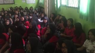 Download Lagu Nyanyian Haru siswa SMKN 22 saat MKD Training bersama Jay Krhesna Gratis STAFABAND