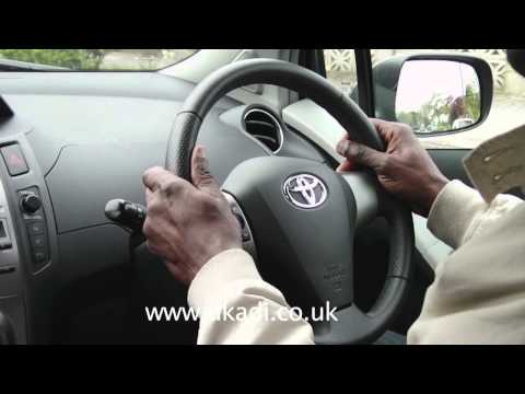 Driving Lesson Parallel Reverse Parking Maneuver Toyota Yaris