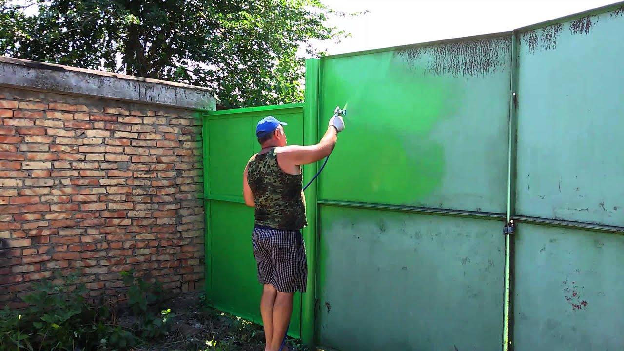 Как покрасить ворота своими руками