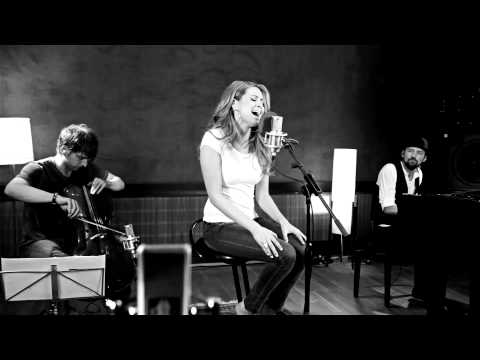 Mandy Capristo - Hurricane