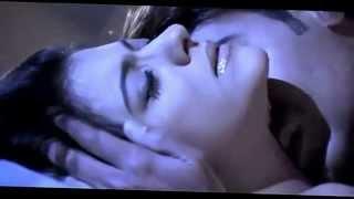 kajol and ajay devgan hot romance scene