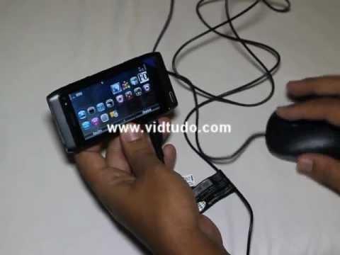 Review Nokia N8 - usando um mouse com o USB On The Go - OTG - em português brasileiro