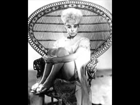 Barbara Windsor - Sparrows Can't Sing / On Mother Kelly's Doorstep (1963)