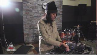 BOTCASH feat. Fucking Hero & John H Legend - Strike : Live At VERY TV Session