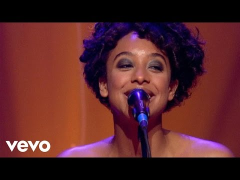 Corrine Bailey Rae - Put Your Records On