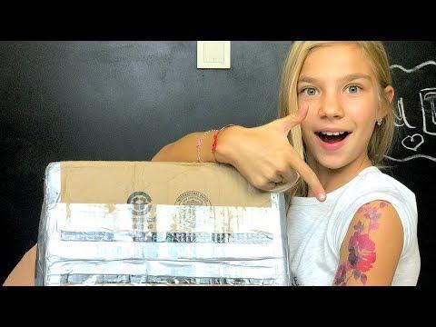 Посылка из Америки от сестры, открываю подарки, делаю тату Barvina Vlog