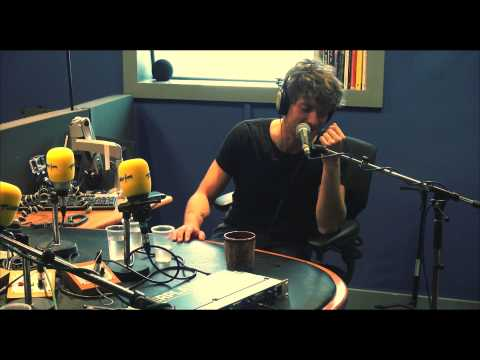 Paolo Nutini 'Scream (Funk My Life Up' live on Today FM