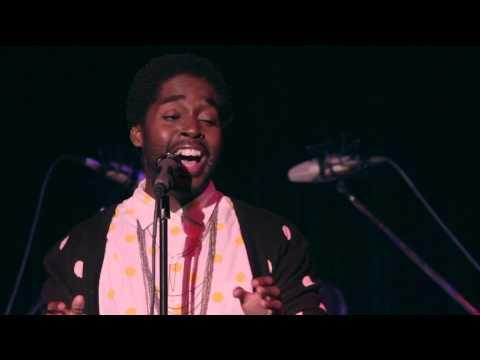Mykal Kilgore sangs Crush by Lyons & Pakchar