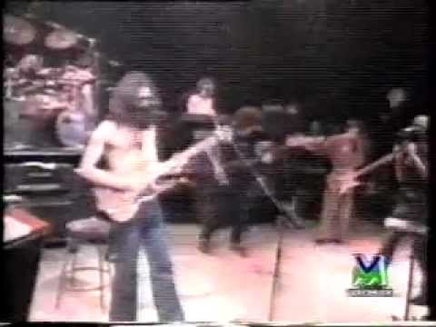 Frank Zappa (VIDEO) An American Dissident - (Documentary - Videomusic Italia 1993)