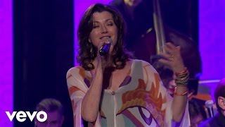 Watch Amy Grant Sing Your Praise To The Lord video