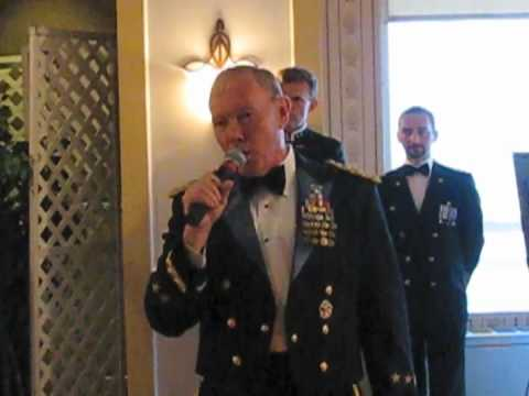 "General Martin Dempsey sings ""New York, New York"""