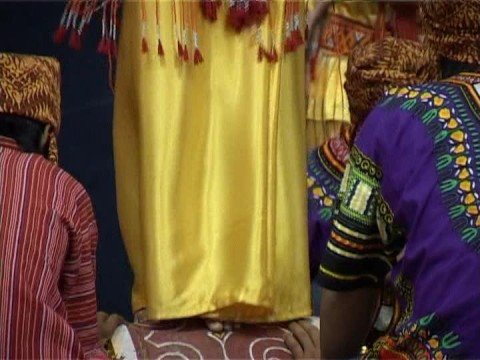 Toraja Ethnics - Pa'gellu Dance