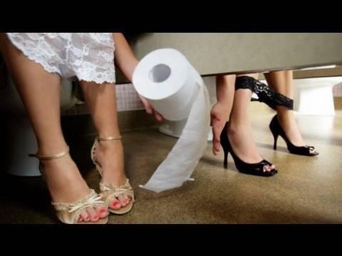 CAMERA IN LADIES BATHROOM! ;) thumbnail