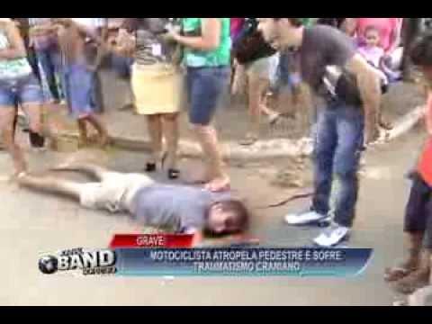 GRAVE ! MOTOCICLISTA ATROPELA CICLISTA E SOFRE TRAUMATISMO CRANIANO  ACIDENTE NA SÃO FRANCISCO