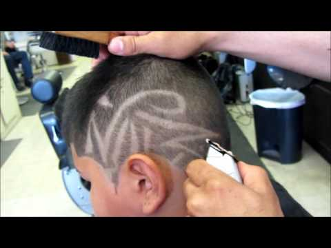 Ameteur Barber Frohawk Artistic Design Haircut Clipper Cut Video