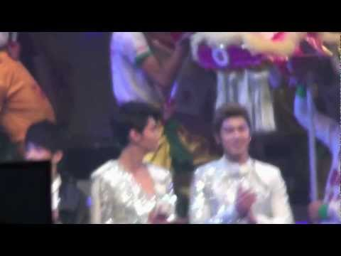 [Fancam] 120323 東方神起 Opening HK Asian Pop Music Festival