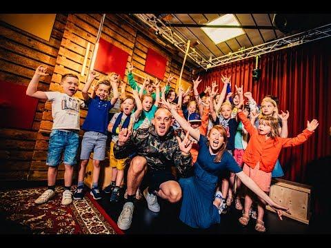 Jebroer - Kind Van De Duivel (ft. Het Duivelse Studio Brussel-kinderkoor) (live)