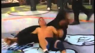 IS THIS THE MOST BRUTAL MMA KNOCKOUT EVER