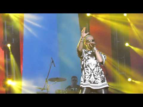 Girl Got A Gun - Tokio Hotel In Argentina (13-11-14) video