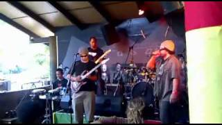 Paua - Sweet Reggae Music @ Byron Bay Reggaefest Dec 4th 2010.m4v