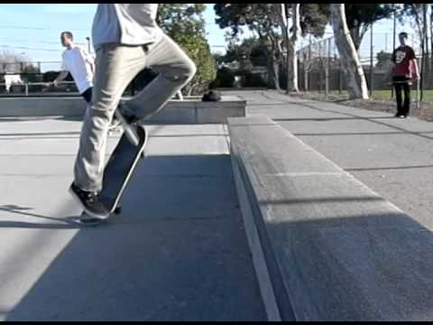 FRONTSIDE NOSESLIDE SLOW MOTION