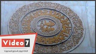 """مسلمون سنة يتحدون الشيعة بالصلاة فى""""الحاكم بأمر الله"""" رغم لافتة """"محمد وعلى"""""""