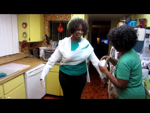 Toilet Paper Challenge ... GloZell & Mother