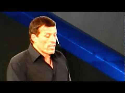 Anthony Robbins speaking at Dreamforce 2012