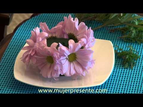 Manualidades con Beatriz Guajardo. Centro de mesa con vela y flores naturales