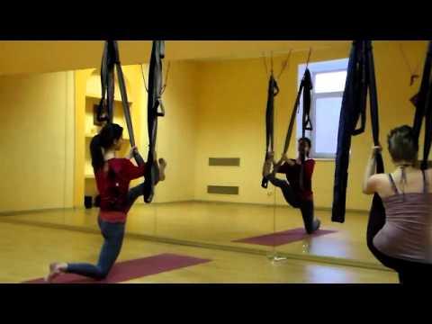 Йога для позвоночника видео для начинающих для 50 летних