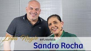 COM A PALAVRA O ATOR E YOUTUBER  SANDRO ROCHA   LEDA NAGLE