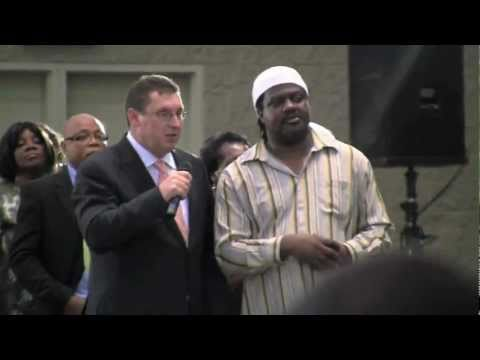 "Secret Footage of ""Faith Healer"" Peter Popoff in Toronto May 2011"