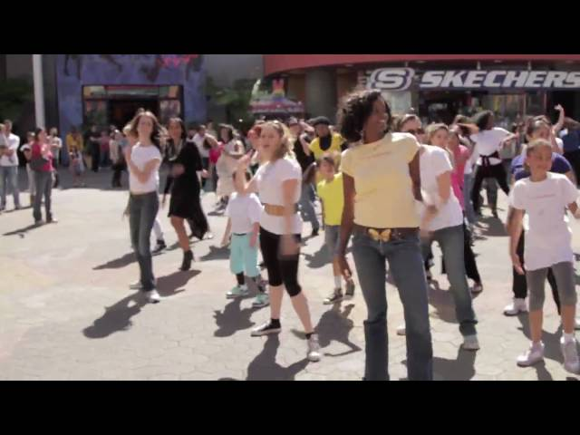 Official Goddess Flash Mob - Universal City Walk