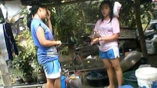 :)) Soundtrip Habang naliligo si Jhen 2 :))