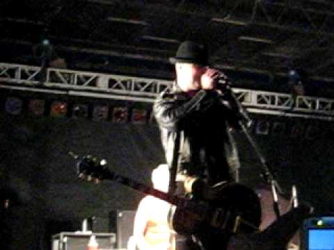 Rancid - Tim Armstrong - 11th Hour Video