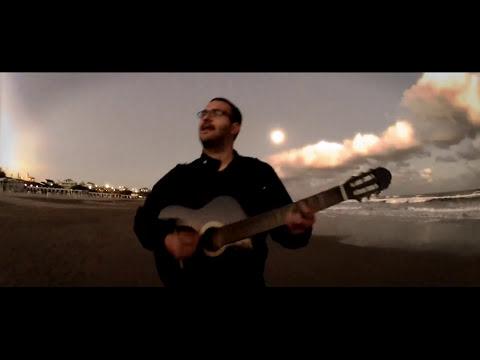 Perro Planetario - Brincando Nubes (VideoClip SEMIOFICIAL)