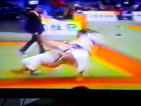 Judo Yoko Guruma Side Wheel throw 1995 Image 1