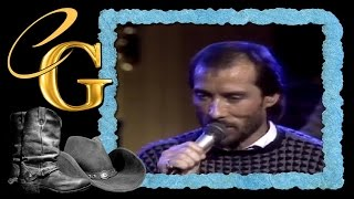 Watch Lee Greenwood It Turns Me Inside Out video