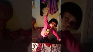 Bước nhảy hoàn vũ siêu nhí cực đỉnh
