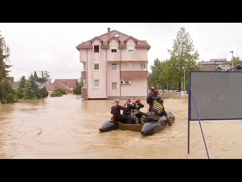 Balkans flooding: more rain expected as emergency services evacuate towns