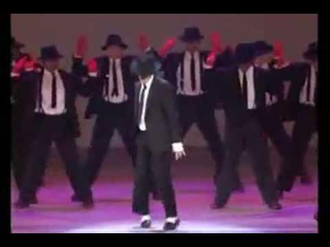 MEGA MICHAEL JACKSON ROBOT & MOONWALK COLLECTION - MJ 'S ROBOT DANCE
