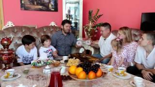 Риф Хубутдинов привёз Исмагилу Шангарееву  рыбу муксун и старинный самовар