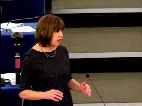 Rebecca Harms going after Nigel Farage during Israel and Palestinian debate(German)