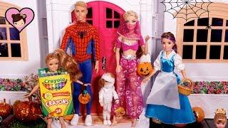 Barbie Dolls Trick or Treat  Halloween Costumes - Huge  Elsa & Anna Dollhouse City!