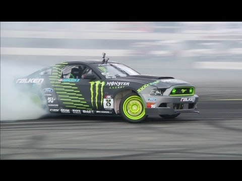 Vaughn Gittin Jr: Behind the Scenes of Formula DRIFT