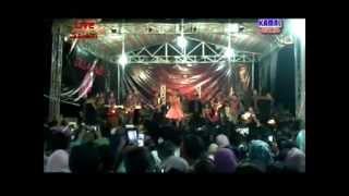 download lagu Bangbung Hideung By Lesti D'academy gratis