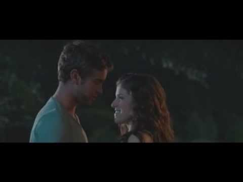 Chace Crawford and Anna Kendrick Car Scene - What To Expect When You