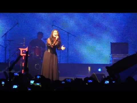 KOTAK ` pelan ~ pelan saja & tendangan dari langit ` concert in HK